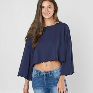 Free People  Small Blue Bird Crop Top M6-02